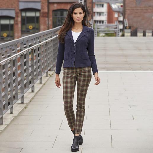 Recover Tartan Skinny jeans Ondanks de strakke vorm en het ruitpatroon niet punk rock-verdacht: de Schotse ruit jeans van Recover.