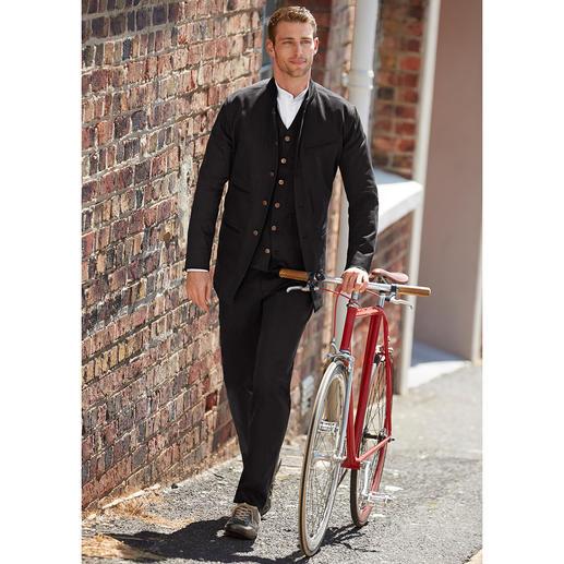 Hollington black-denim-gilet, colbert of broek Patric Hollingtons 3-delige outfit bestaande uit gilet, colbert met staande kraag en jeans van black-denim.