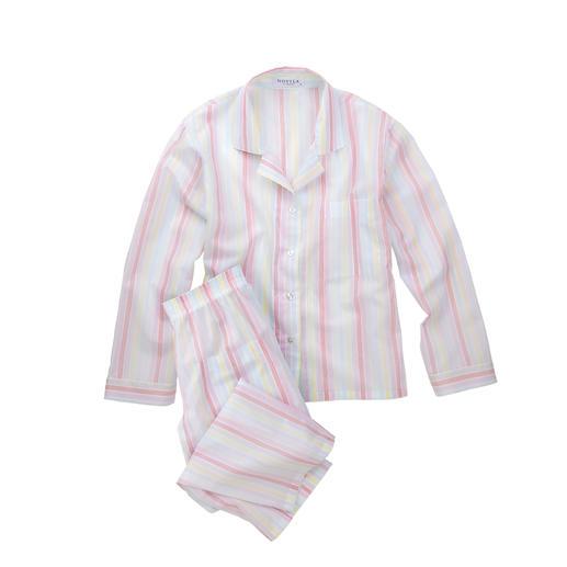 Novila pyjama met pastelkleurstrepen De pyjama voor een eerste goede indruk in de morgen.