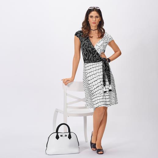 cavalli CLASS koffer-jurk Weegt slechts 800 g, kreukt niet – en is geschikt voor iedere gelegenheid. Van Cavalli CLASS.