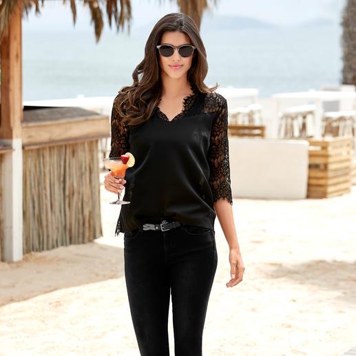 Rosemunde Copenhagen kanten blouse Ziet eruit als een blouse, heeft het comfort van een T-shirt. Comfortabel, ingetogen en elegant.