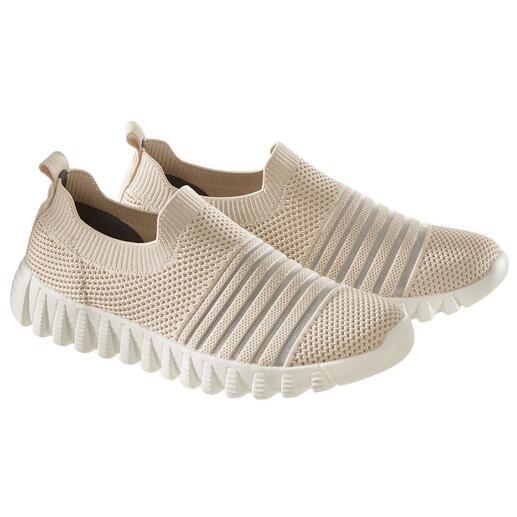 bernie mev. gebreide sneakers De modehit uit New York: sportieve, gebreide sneakers van de 'Master of woven Footwear', bernie mev.