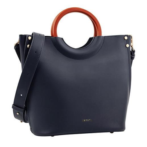 Inyati navy handtas Ontwerpprijswaardig. En toch heel betaalbaar. De elegante, minimalistische handtas van Inyati.