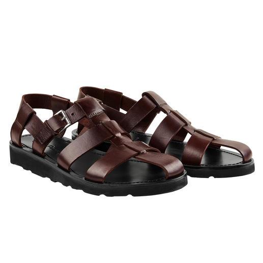 Piaceri sandalen Chic en hoogwaardig, en daardoor zelfs geschikt om onder een pak te dragen. Van Enrico Piaceri.