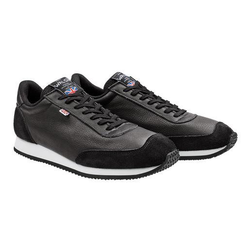 Norman Walsh sneakers van rabarberleer Door de looiing met natuurlijke extracten zijn ze heel comfortabel. Made in England door Norman Walsh.