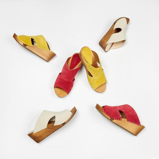 Sanita® houten slippers 'Hygge' voor uw voeten: modieuze houten slippers van zacht suèdeleer en met een comfortabele flexibele zool.