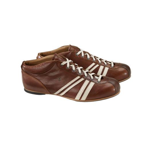 In het originele design van de jaren 50: de DDR-voetbalschoen 'Liga' van Zeha. In het originele design van de jaren 50: de DDR-voetbalschoen 'Liga' van Zeha.