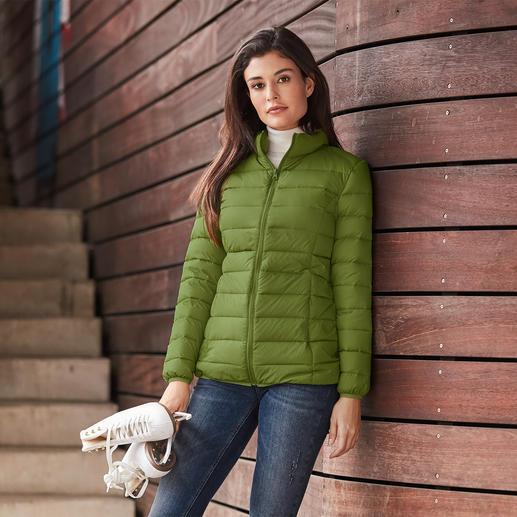 Gewatteerd jack van gerecycled dons, voor dames Heerlijk warm, licht en met een goed geweten te dragen. Een bijzonder modieus jack met gerecycled dons.