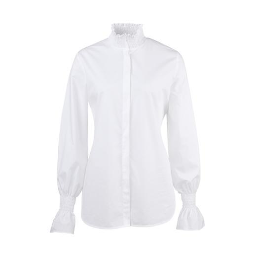 Aybi basic blouse Klassiek-elegant, maar verre van saai. De witte basic blouse in een nieuw modieus stijl.
