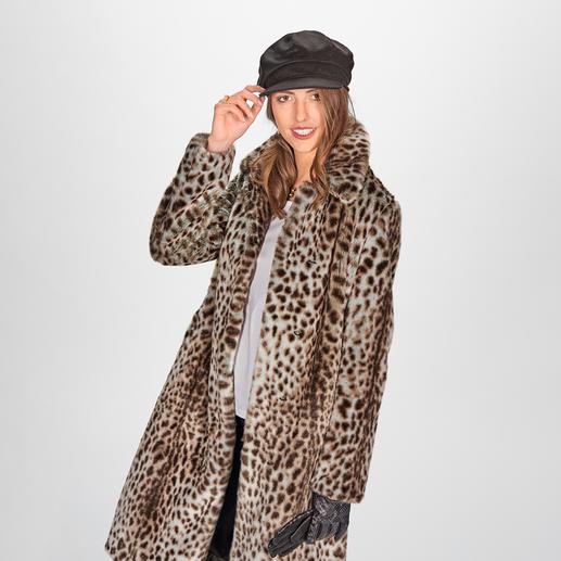 molliolli mantel met jachtluipaardmotief De favoriet onder de wintermantels van 2019/2020: mantel met jachtluipaardmotief van molliolli ECO-FUR.