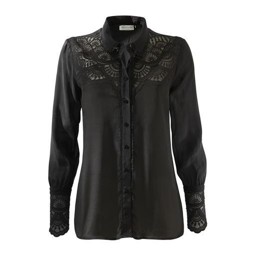 Ongecompliceerde kanten blouse voor elke gelegenheid. Ongecompliceerde kanten blouse voor elke gelegenheid. Van Rosemunde Copenhagen.