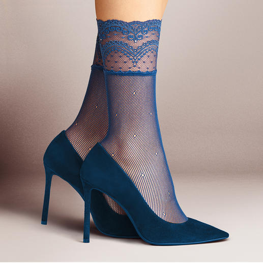 Falke kanten sokjes En vogue: gegarneerde nylonsokjes. Onze favoriet: de sokken van de Duitse kousenspecialist Falke.