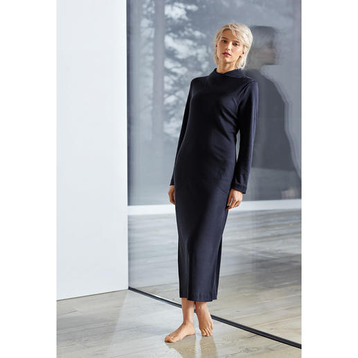 Hanro loungewear-jurk 'Luana' Clean-chic. Slim-cut. Maxi-lengte. Trendy kleur.
