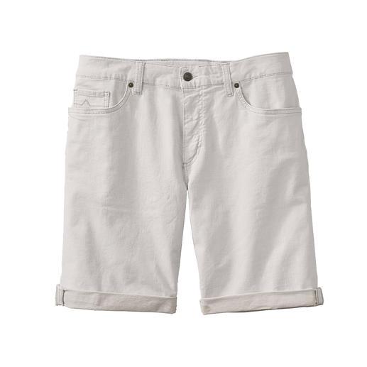 Luchtiger dan andere exemplaren: offwhite jeansshort van linnen-denim. Luchtiger dan andere exemplaren: offwhite jeansshort van linnen-denim.