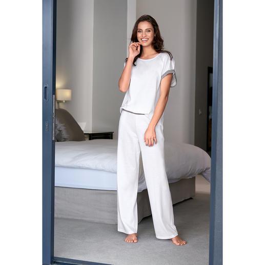 swiss+cotton damespyjama Uniek: modern, mooi eenvoudig model, hoogwaardige swiss+cotton-kwaliteit.