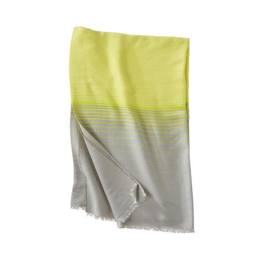 Abstract bouclé-strandlaken, geel Zacht om op te liggen, maar niet zwaar om te dragen. Licht bouclé-strandlaken van Abstract, Italië.