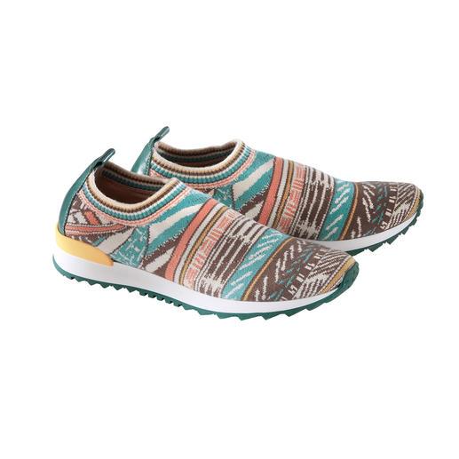 Ivko gebreide sneakers Opvallende gebreide sneakers, perfect passend bij de etno-trend. Van Ivko.