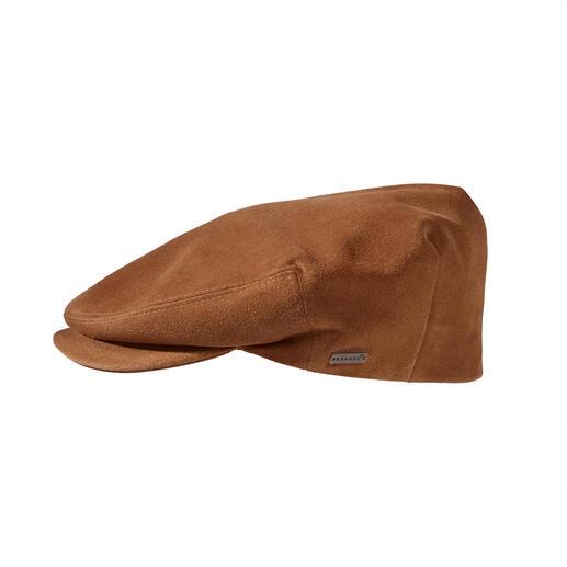Kangol® suède flatcaps Veel soepeler (en tegelijk duurzamer) dan de nu zo trendy stoffen flatcaps. Van Kangol®.