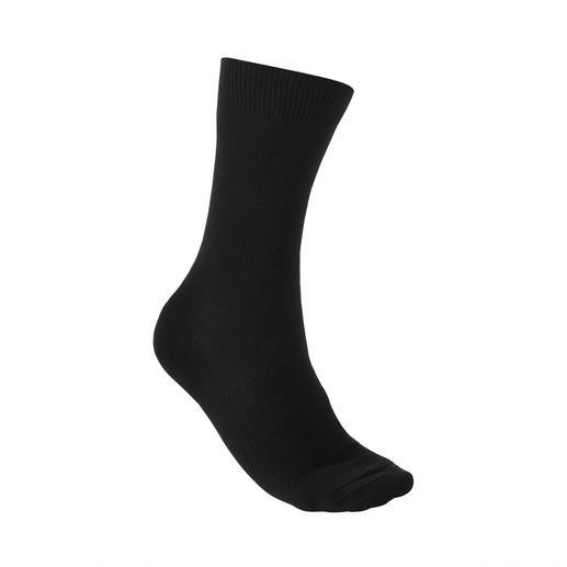Democratique piquésokken Heerlijk comfortabel en toch uniek: sokken van piqué. Van Democratique/Kopenhagen.