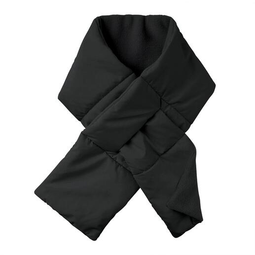 Loevenich doorgestikte sjaal Mooi plat om de hals zittende doorgestikte sjaal met split om hem doorheen te trekken: warm, zacht.