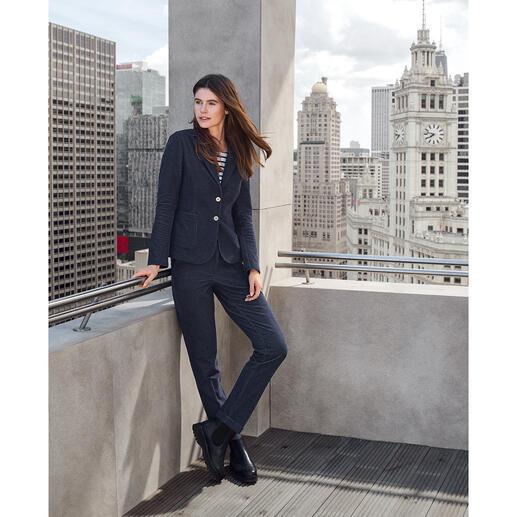 T-Jacket jersey-jeansjasje of -broek Heel modieus, maar met het comfort van homewear: jeanspak van T-Jacket.
