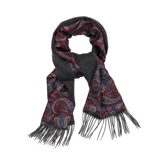 Ascot doubleface-wintersjaal Zo warm kan een elegante zijden sjaal zijn. Zo elegant kan een wollen sjaal zijn.
