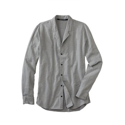 Hannes Roether overhemd met opstaande kraag Warm door een beetje wol en variabel dankzij de kraag die u kunt omslaan. Van Hannes Roether.