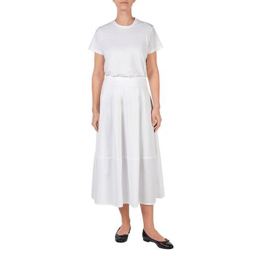 LABO.ART White basic-rok of -shirt Basic en eyecatcher tegelijk: de puristisch eenvoudige two-piece set in wit.