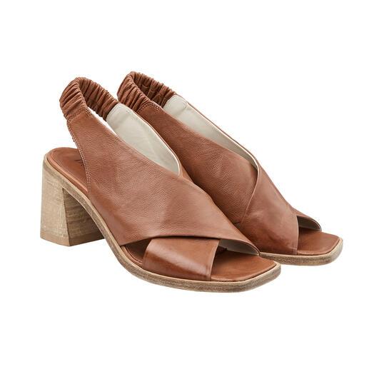 Ducanero® sandalen met kruisbandjes Luxueus met de hand verwerkt: modieuze sandalen met kruisbandjes in antiek-look.
