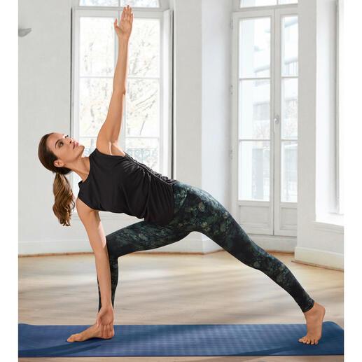 Mandala vierdelige loungewear-combinatie Comfortabel genoeg voor yoga, tai chi en om thuis te dragen. Verfijnd genoeg voor de meest chique spa's en studio's.