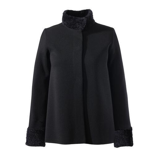 Junghans1954 gebreid jasje, trui of rok Elegant als een 'little black dress' en comfortabel als een homesuit.
