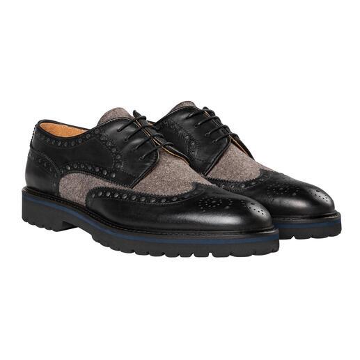 Loden schoenen met perforaties Update voor schoenen met perforaties: dankzij de lodenmix niet langer voorbehouden aan zakelijke gelegenheden.