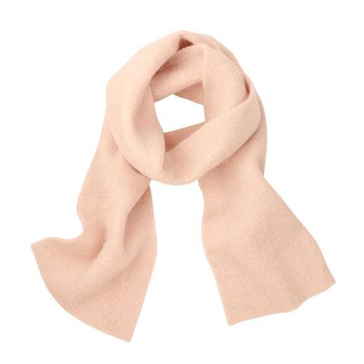 Sjaal van gewalkte baby-alpaca Perfect te combineren door clean design en eenvoudige kleuren. Van Abstract/Italië.