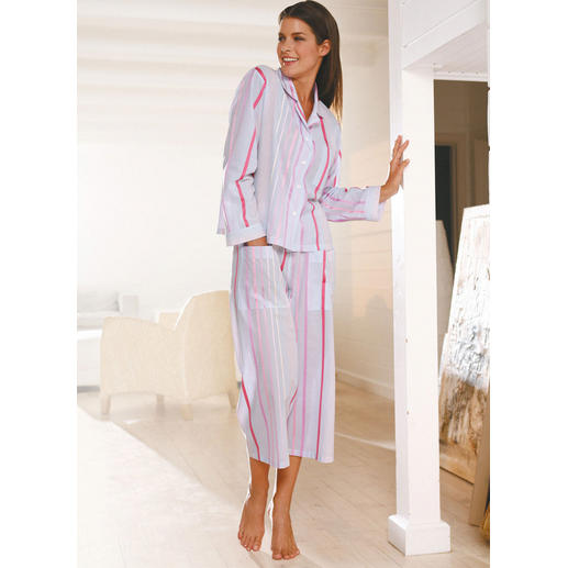 Novila luchtige pyjama met strepen De pyjama waarmee u 's ochtends gezien mag worden.