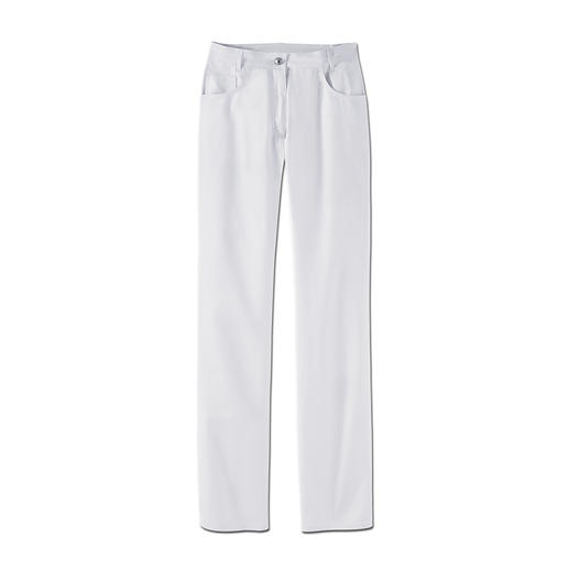 De lange broek van Italiaanse katoenen stretch: comfortabel en geschikt voor alledag. Nu zelfs voor hartje zomer. Met zijn 2% elasthan 100% comfortabeler.