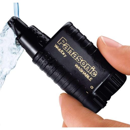 Neus-/oorhaarknipper De Panasonic neus- en oorhaarknipper: waterdicht en veel hygiënischer.